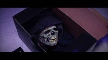 Party City TV Spot, 'Halloween: Party Cups, Hanging Props & Costumes' Song by Wilson Pickett - Thumbnail 3