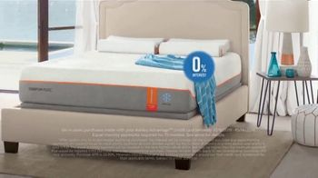Ashley HomeStore Columbus Day Mattress Sale TV Spot, 'Final Week: $31: Next-Day Delivery' Song by Midnight Riot - Thumbnail 4