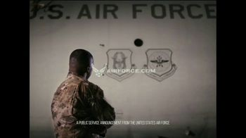 Air Force Reserve TV Spot, 'Time to Discover' - Thumbnail 7
