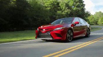 2019 Toyota Camry TV Spot, 'USA Road Trip: Cider Mill' Featuring Ethan Erickson, Danielle Demski [T2] - Thumbnail 2