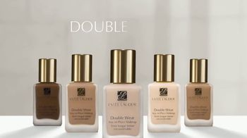 Estee Lauder Double Wear Stay-in-Place Makeup TV Spot, 'Wear Confidence' Song by Amber Mark - Thumbnail 10