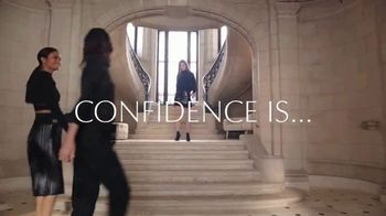 Estee Lauder Double Wear Stay-in-Place Makeup TV Spot, 'Wear Confidence' Song by Amber Mark - Thumbnail 2