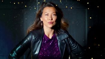 Stein Mart TV Spot, 'Driveway Fashion Show' - Thumbnail 1