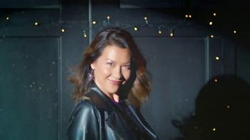 Stein Mart TV Spot, 'Driveway Fashion Show' - Thumbnail 3