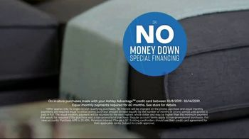 Ashley HomeStore Columbus Day Sale TV Spot, 'Save Up to 30 Percent + No Money Down Financing' - Thumbnail 5
