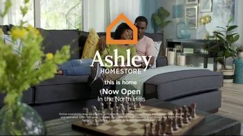 Ashley HomeStore Columbus Day Sale TV Spot, 'Save Up to 30 Percent + No Money Down Financing' - Thumbnail 8