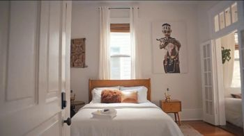Airbnb TV Spot, 'Marcus & Damon's Boutique Hotel' - Thumbnail 6
