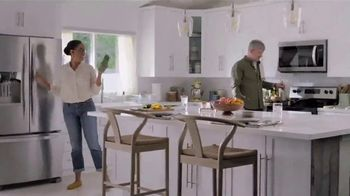 Lowe's TV Spot, 'Deal Hunter: Appliance Savings' - Thumbnail 6
