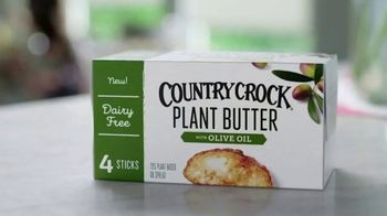 Country Crock Plant Butter TV Spot, 'Loved By Cammie, Buttered Noodle Connoisseur' - Thumbnail 4