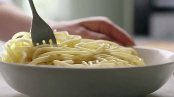 Country Crock Plant Butter TV Spot, 'Loved By Cammie, Buttered Noodle Connoisseur' - Thumbnail 5