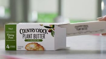 Country Crock Plant Butter TV Spot, 'Loved By Cammie, Buttered Noodle Connoisseur' - Thumbnail 7