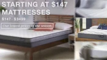 Macy's Columbus Day Sale TV Spot, 'Beds, Sectionals and Mattresses' - Thumbnail 10