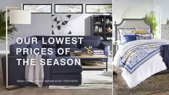 Macy's Columbus Day Sale TV Spot, 'Beds, Sectionals and Mattresses' - Thumbnail 4