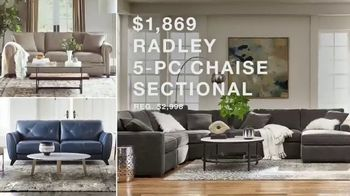 Macy's Columbus Day Sale TV Spot, 'Beds, Sectionals and Mattresses' - Thumbnail 8
