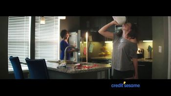 Credit Sesame TV Spot, 'New Roommate'