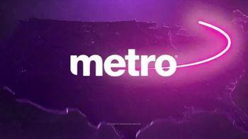 Metro by T-Mobile TV Spot, 'Dos teléfonos gratis' [Spanish] - Thumbnail 7