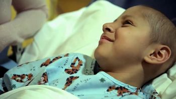 St. Jude Children's Research Hospital TV Spot, 'Sebastián y su madre' [Spanish] - Thumbnail 1