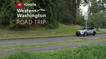 2019 Toyota RAV4 TV Spot, 'Road Trip: Museum of Glass' Ft Danielle Demski, Ethan Erickson [T2] - Thumbnail 2