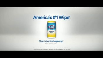 Clorox Disinfecting Wipes TV Spot, 'Fight Back: Basketball' Song by Donnie Daydream - Thumbnail 10