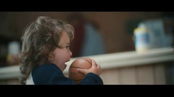 Clorox Disinfecting Wipes TV Spot, 'Fight Back: Basketball' Song by Donnie Daydream