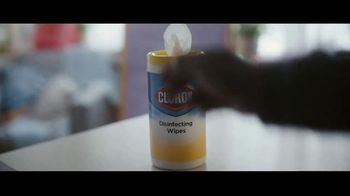 Clorox Disinfecting Wipes TV Spot, 'Fight Back: Basketball' Song by Donnie Daydream - Thumbnail 5