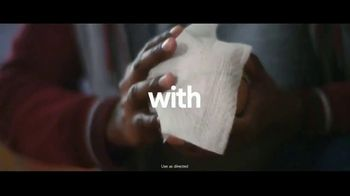 Clorox Disinfecting Wipes TV Spot, 'Fight Back: Basketball' Song by Donnie Daydream - Thumbnail 9