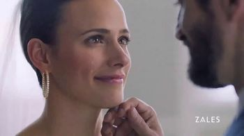Zales TV Spot, 'Our Love Is a Diamond: 20-40 Percent Off' - Thumbnail 5