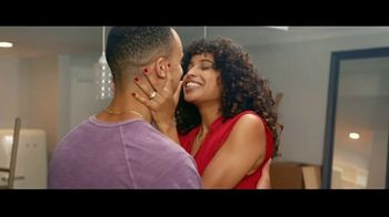 Kay Jewelers TV Spot, 'OMG Yes: Zero Down' Song by Harriet Whitehead - Thumbnail 8