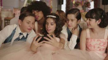 XFINITY Mobile TV Spot, 'Diseñe sus propios datos' canción de The Avalanches [Spanish] - Thumbnail 2