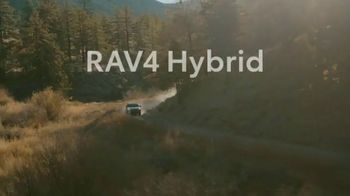 Toyota RAV4 Hybrid TV Spot, 'Cousins' Song by Plastic Bertrand [T1] - Thumbnail 10