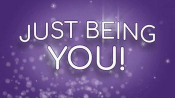 Go Glam Nail Stamper TV Spot, 'Disney Channel: Living for It' - Thumbnail 4