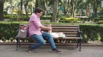 Huggies Natural Care TV Spot, 'Cambios improvisados' [Spanish]