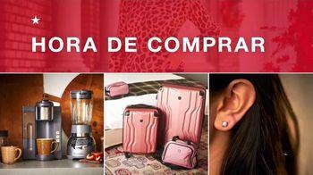 Macy's TV Spot, 'Hora de comprar: Abrigos, joyería y trajes de Kenneth Cole' [Spanish] - Thumbnail 1
