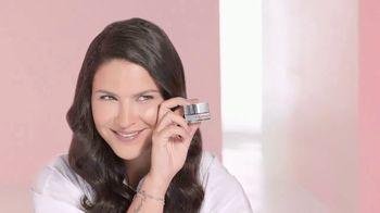 Cicatricure Blur & Filler TV Spot, 'Menos arrugas' con Litzy [Spanish]