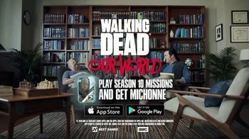 The Walking Dead: Our World TV Spot, 'Oh Snap' - Thumbnail 9