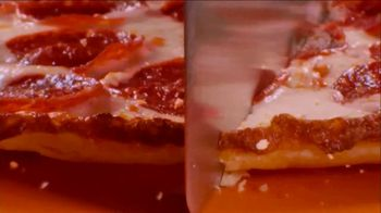Little Caesars Hot-N-Ready Thin Crust Pizza TV Spot, 'No Crust' - Thumbnail 4