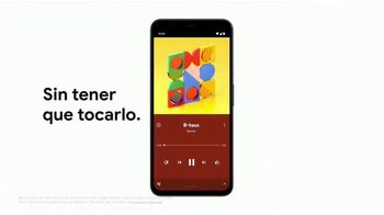 Google Pixel 4 TV Spot, 'Hecho en la forma de Google' canción de 3 One Oh [Spanish] - Thumbnail 6