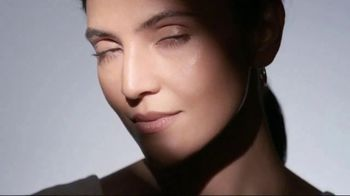 Olay Regenerist Retinol 24 TV Spot, 'Above the Competition' - Thumbnail 1