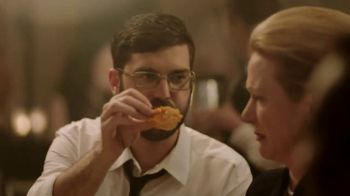 Popeyes $5 Parmesan Ranch Double Dippers TV Spot, 'Fancy Dinner' - Thumbnail 7
