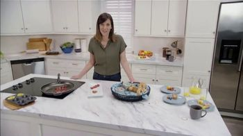 Clorox Ultra Clean Disinfecting Wipes TV Spot, 'Ion Television: Weekday Mornings' Ft. Lauren O'Quinn - Thumbnail 2