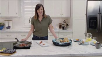 Clorox Ultra Clean Disinfecting Wipes TV Spot, 'Ion Television: Weekday Mornings' Ft. Lauren O'Quinn - 4 commercial airings
