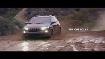 Jeep Fourth of July Sales Event TV Spot, 'It's a Trail' Song by Dermot Kennedy [T1] - Thumbnail 1
