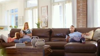 La-Z-Boy 4th of July Sale TV Spot, 'Favorite Spot: Recliners' - Thumbnail 2