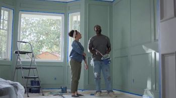 Lowe's 4th of July Savings TV Spot, 'Paints and Stain' - Thumbnail 5