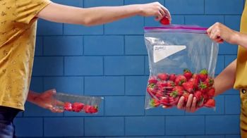 Ziploc TV Spot, 'Fresh Strawberries'
