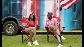 Camping World Celebrate Freedom Savings Event TV Spot, 'Flag' - Thumbnail 7