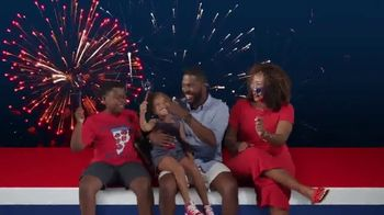 JCPenney 4th of July Sale TV Spot, 'Essentials, Tees and Luggage' - Thumbnail 7