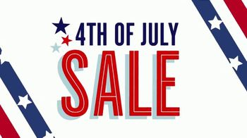 JCPenney 4th of July Sale TV Spot, 'Essentials, Tees and Luggage' - Thumbnail 3