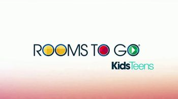 Rooms to Go Kids & Teens TV Spot, 'July 4th Hot Buys: Day Bed and Bunk Beds' - Thumbnail 1
