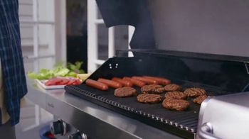 Lowe's TV Spot, 'July 4th: Charcoal and Mulch' - Thumbnail 2